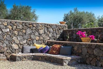 Contemporary Sicily Villa  (5).jpg