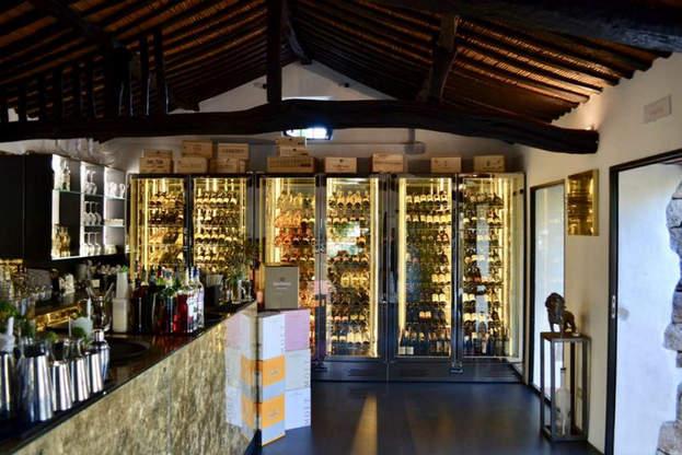 Wine Bar Porto Cervo (15).jpg
