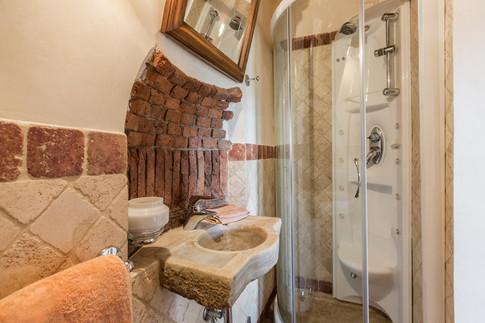 Tuscan Villa24.jpg