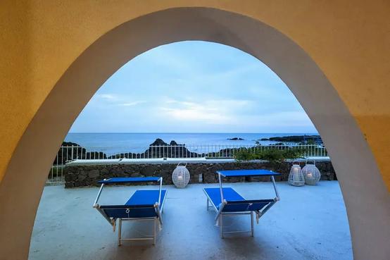 Luxury villa giardini naxos (12).webp