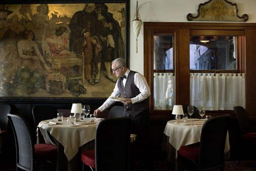 restaurant venice (3).jpg