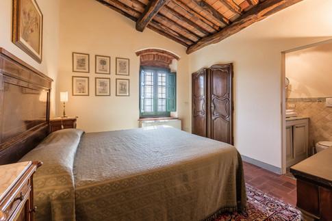 Tuscan Villa25.jpg
