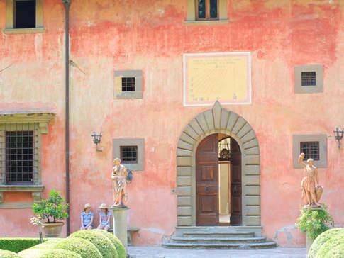 Tuscan Country House (11).jpg