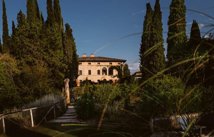 Tuscan Villa (16).jpg