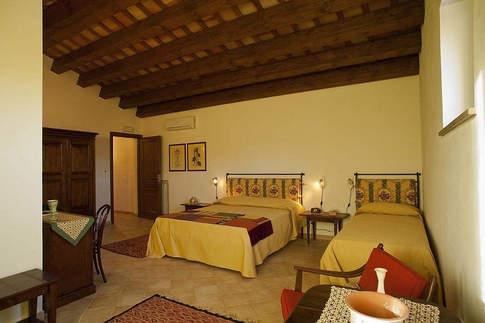 A Villa In Sicily (16).jpg