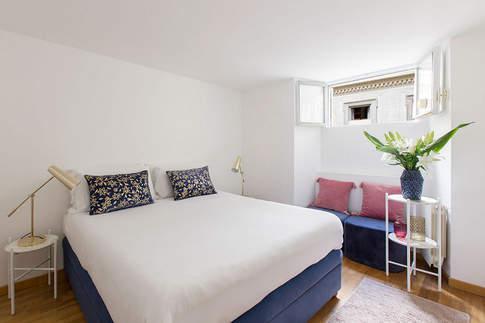 Rome Apartment (26).jpg