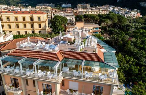 sorrento wedding hotel (18).jpg