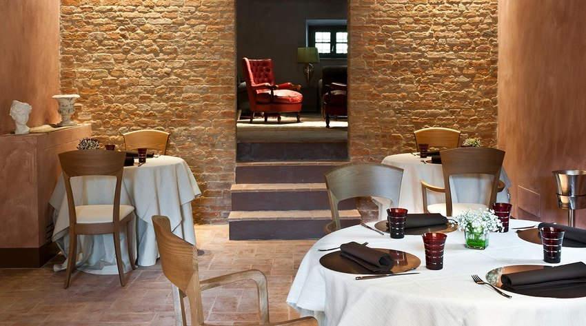Tuscan Hotel Villa (5).jpg