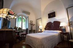 Taormina Villa (17).jpg