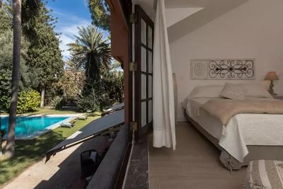 Mondello Villa (19).jpg