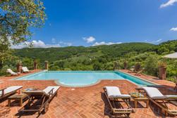 Tuscan Villa6.jpg