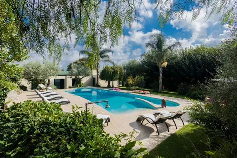 Modica villa (12).jpg