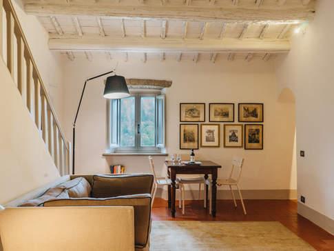 Tuscan Country House (7).jpg