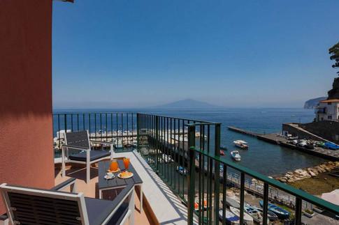 Marina Grande Apartment (3).jpg