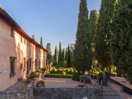 Tuscan Country House (3).jpg