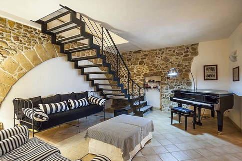 A Villa In Sicily (9).jpg