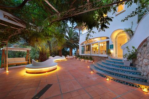 Luxury Villa Sorrento (8).jpg