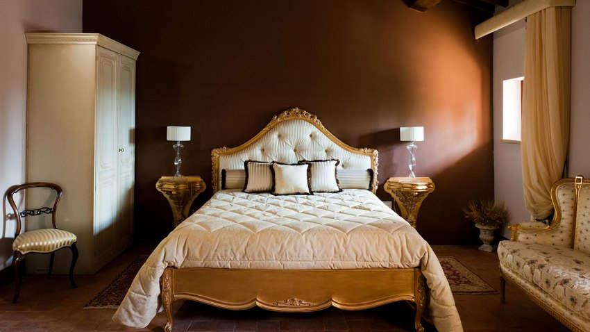 Tuscan Hotel Villa (14).jpg