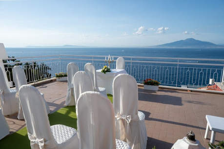 sorrento wedding hotel (1).jpg