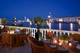 Luxury Venice Wedding (8).jpg