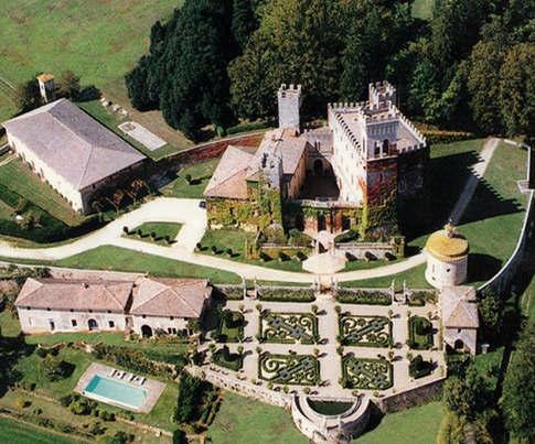 Tuscan castle (1).jpg