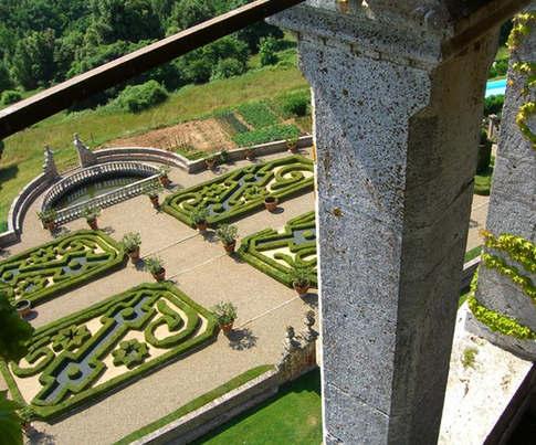 Tuscan castle (2).jpg