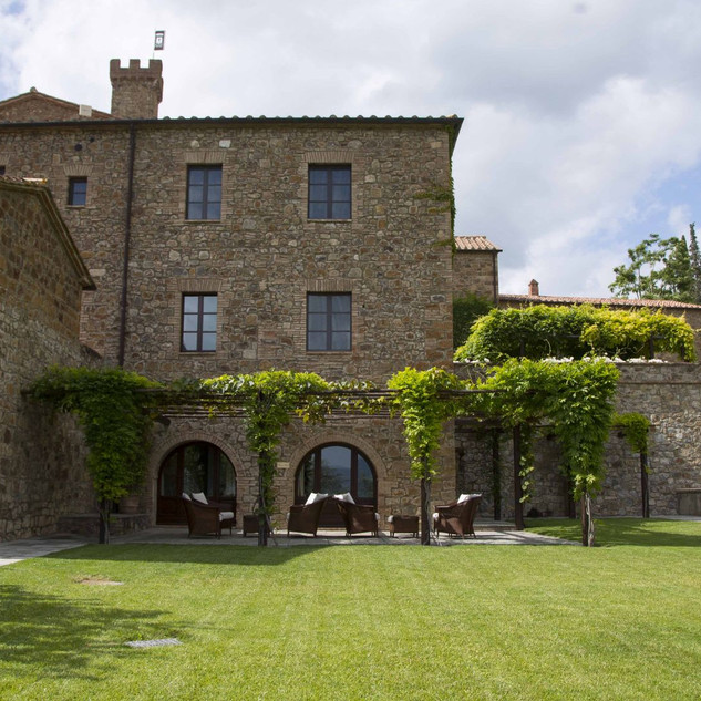 Tuscan Vineyard (4).jpg