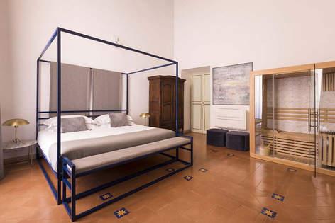 Rome Apartment (1).jpg