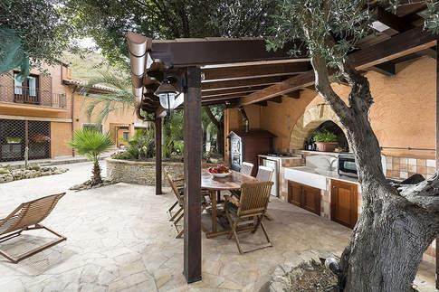 Sicilian Villa (21).jpg