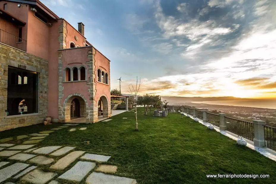 Villa Sicily .jpg