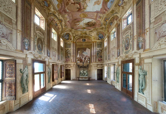 Venetian Villa (11).jpg