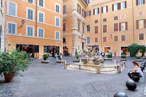 Rome Apartment (13).jpg