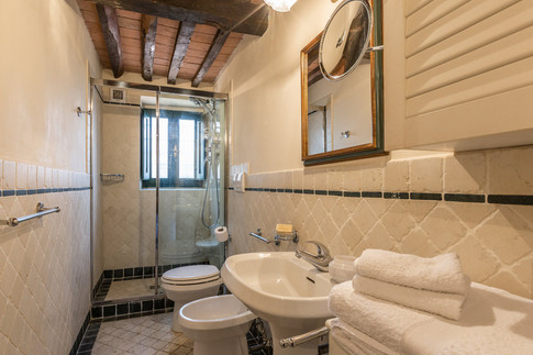 Tuscan Villa20.jpg