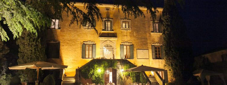 Tuscan Villa With Twist (3).jpg