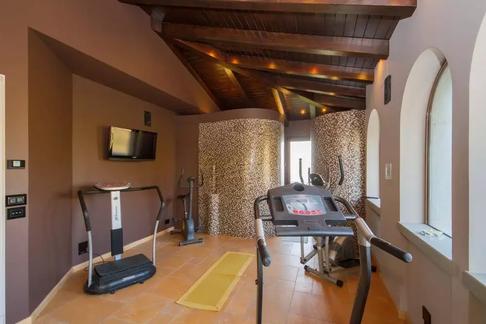 luxury villa sicily (2).jpg