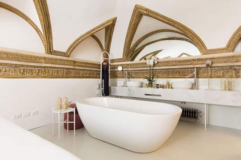 Rome Apartment (38).jpg