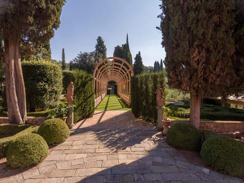 Tuscan Country House (4).jpg