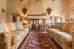 Tuscan Villa11.jpg