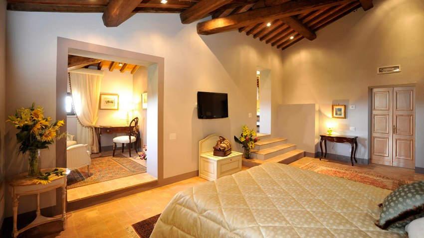 Tuscan Hotel Villa (8).jpg
