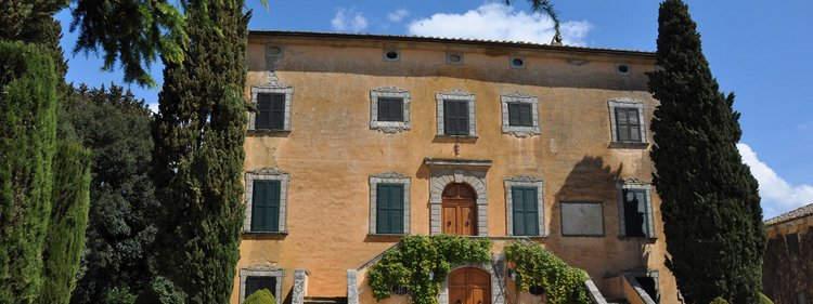 Tuscan Villa With Twist (2).jpg