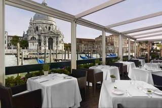 Luxury Venice Wedding (7).jpg