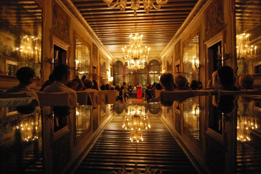 A Palazzo Wedding