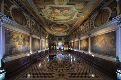 Concert Hall Venice (10).jpg
