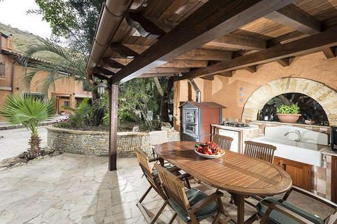 Sicilian Villa (22).jpg