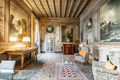 Rome Palace (3).jpg
