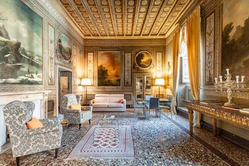 Rome Palace (11).jpg