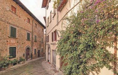 Tuscany Property (1).jpg