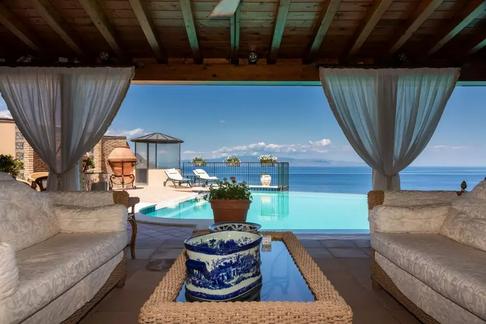 Taormina villa (8).jpg