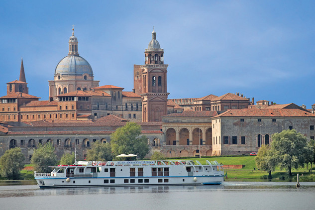A Romantic River Cruise