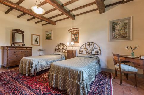 Tuscan Villa16.jpg